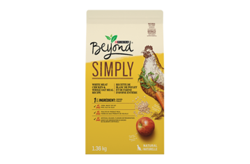 Beyond Simply Chicken cat food
